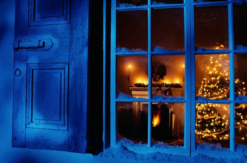 9 Holiday Decorating Safety Tips